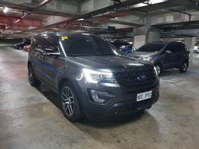 Slightly Used Top of the Line 2017 Ford Explorer 4x4 Automatic