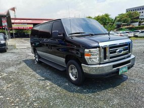 Selling Black Ford E-150 2009 in Pasig