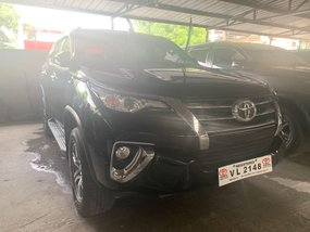 Selling Black Toyota Fortuner 2017 in Quezon City