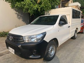 Sell White 2017 Toyota Hilux in Quezon City
