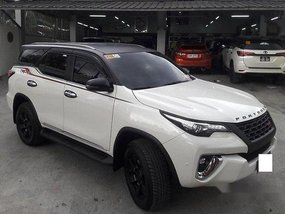 White Toyota Fortuner 2016 Automatic Diesel for sale