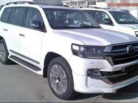 Selling White Toyota Land Cruiser Prado 2019 Automatic Diesel