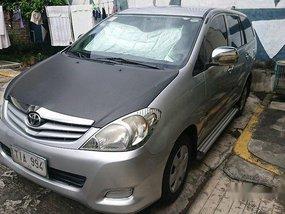 Selling Silver Toyota Innova 2012 Manual Gasoline