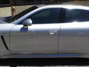 Selling Silver Porsche Panamera 2014 Automatic Gasoline at 19000 km