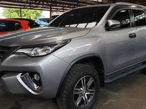 Selling Silver Toyota Fortuner 2018 Automatic Diesel at 11800 km