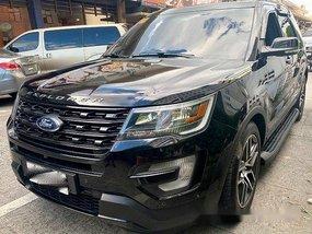 Selling Black Ford Explorer 2016 at 20000 km