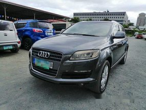 Selling Audi Q7 2009 at 700000 km