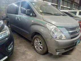 Selling Grey Hyundai Grand starex 2013 at 103000 km