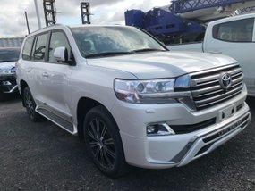 Toyota Land Cruiser White 4.5L Diesel 2019