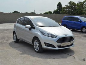Sell Silver 2018 Ford Fiesta Automatic Gasoline at 22283 km