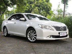 Sell White 2012 Toyota Camry in Quezon City