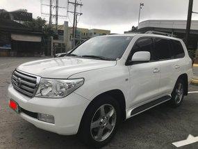 Sell Pearlwhite 2012 Toyota Land Cruiser in Manila