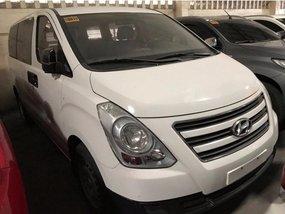 Sell 2017 Hyundai Starex in Quezon City