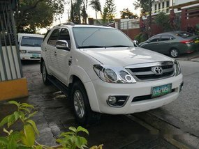 Sell White 2007 Toyota Fortuner in Quezon City