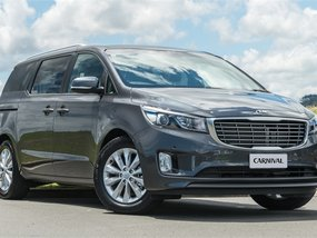 2019 Kia Carnival at 15000 km for sale
