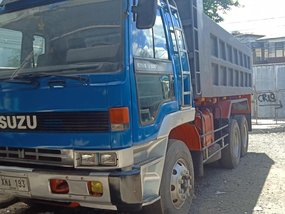 Selling Used Isuzu Elf 2002 Truck in Quezon City