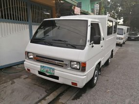 Selling Mitsubishi L300 2011 in Quezon City