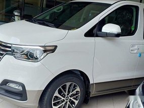Sell White 2020 Hyundai Grand Starex in Quezon City