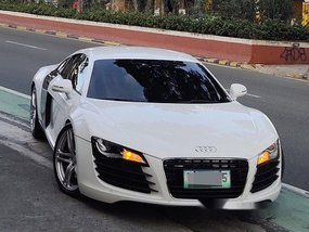 White Audi R8 2012 for sale in Quezon City