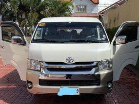 Sell 2014 Toyota Hiace Van at 50000 km
