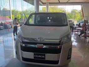 Selling Toyota Hiace 2020 in Makati