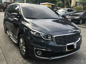 Sell 2016 Kia Carnival in Pasig