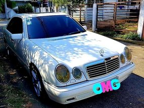 Mercedes-Benz E-Class 1998 for sale in Las Piñas