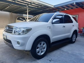 Toyota Fortuner G 2010 Gas Automatic