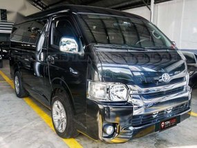 Selling Toyota Hiace 2017 in Manila