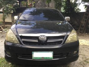 Sell 2008 Toyota Innova in Valenzuela