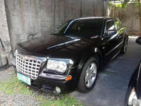 Sell 2012 Chrysler 300c in Quezon City