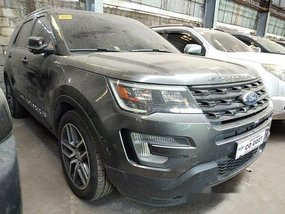 Selling Grey Ford Explorer 2017 in Quezon City