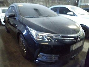Sell Black 2017 Toyota Corolla Altis in Quezon City