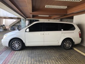 Kia Carnival 2013 AT DSL for Rush sale
