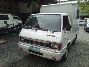 Selling Mitsubishi L300 2008 in Quezon City