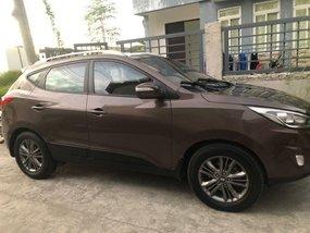 Selling Brown Hyundai Tucson 2014 in Apalit