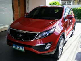 Red Kia Sportage 2013 for sale in Automatic