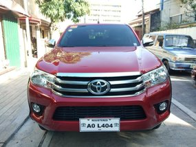 Selling Red Toyota Hilux 2017 in Makati