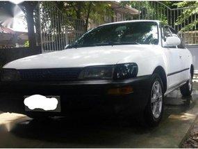 Selling White Toyota Corolla 1996 in San Fernando