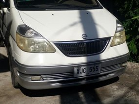 White Nissan Serena 2005 for sale in Automatic