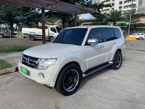 White Mitsubishi Pajero 2004 for sale in Automatic