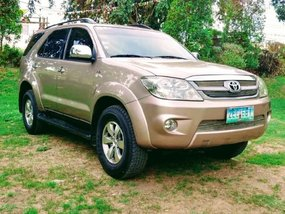 Toyota Fortuner 2006 for sale in Lucban