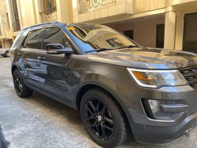 Grey Ford Explorer 2016 for sale in Automatic