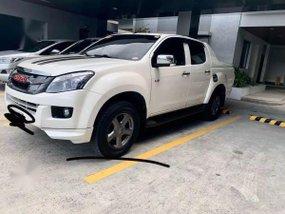 Sell Pearl White 2015 Isuzu D-Max in Manila