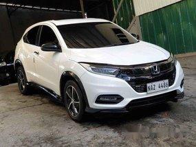 White Honda Hr-V 2018 for sale in Mandaluyong