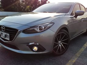 Top of the Line Super Fresh Sporty 2016 Mazda 3 SkyActiv 2.0 AT