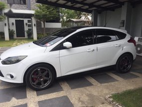Sell White 2012 Ford Focus Wagon (Estate) in Malolos