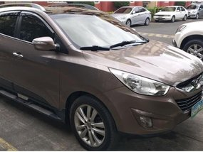 Silver Hyundai Tucson 2011 for sale in Automatic