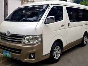 Selling White Toyota Hiace 2014 in Quezon City