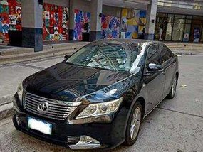 Black Toyota Camry 2013 at 68000 km for sale